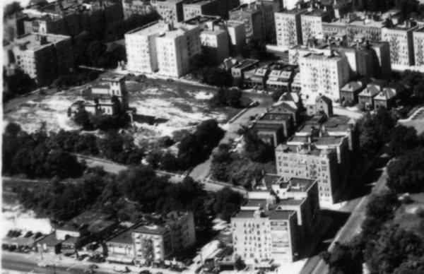 Seaman-Mansion-on-Park-Terrace-aerial-1937.jpg