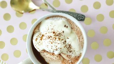 Így készül az igazán krémes forró csokládé