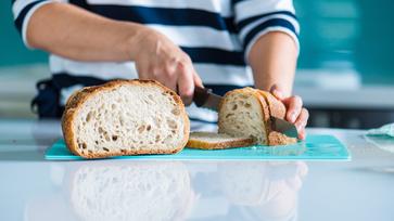 Jénais kenyér: egyszerű, gyors, otthon készült