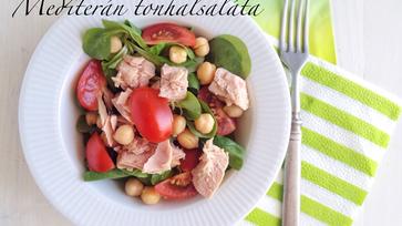 Könnyű salátavacsorák: Mediterrán tonhalsaláta