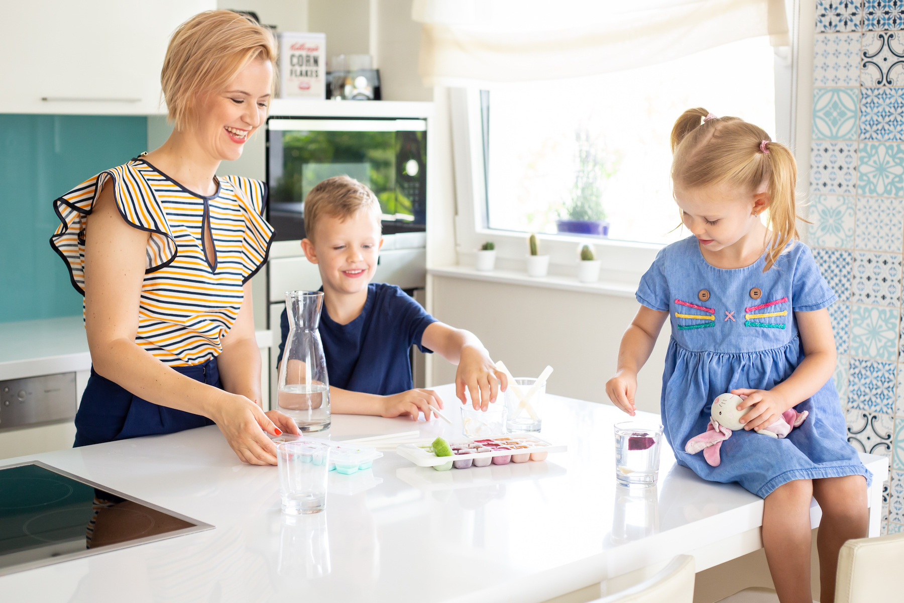 5-tipp-hogy-a-gyerek-tobbet-igyon-nyaron.jpg
