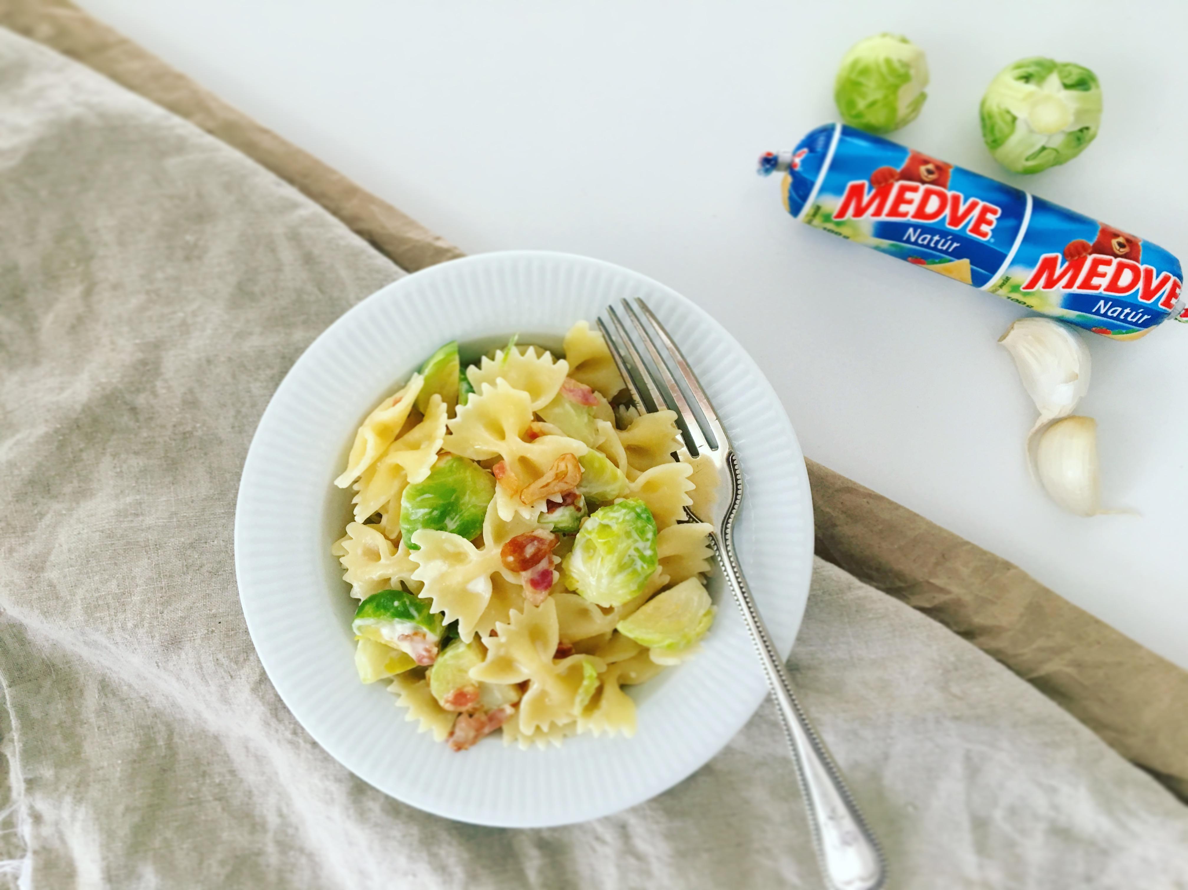 kelbimbos-medve-sajtos-spagetti-5-hozzavalobol_2.JPG