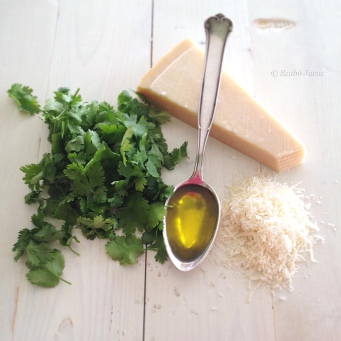 a korianderkrém hozzávalói: friss koriander, olíva olaj, parmezán