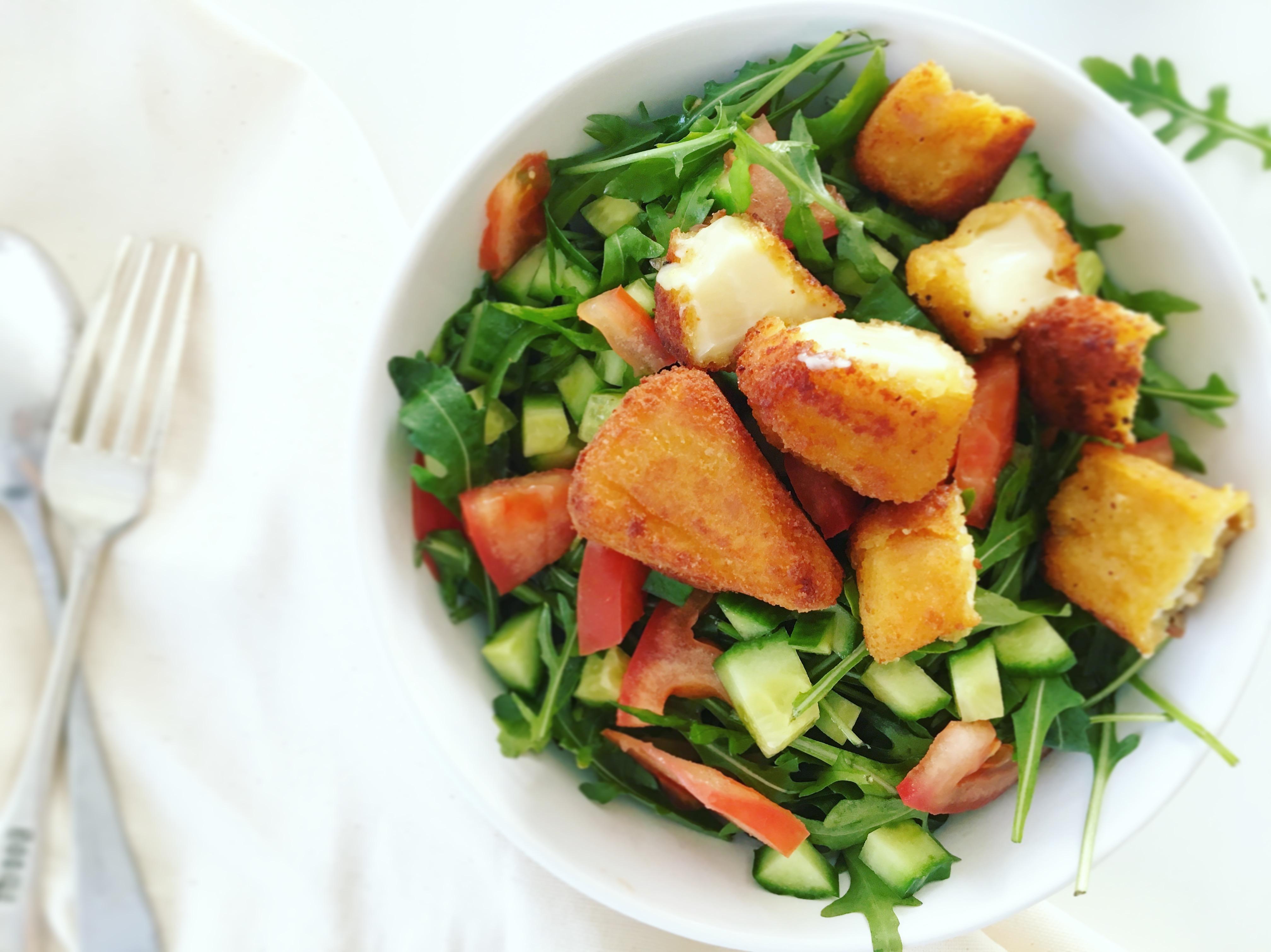 Rukkolás 5 hozzávalós saláta Medve Aranyfalatokkal