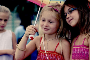 Hogyan védjük a gyereket a mérgező baráti kapcsolatoktól?