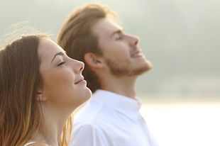 8 természetes eszköz, hogy Te magad csökkentsd a szorongásodat!