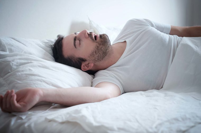 00_sleep_do-you-groan-in-your-sleep-heres-what-it-says-about-your-health_488542888-tommaso79-760x506_1.jpg