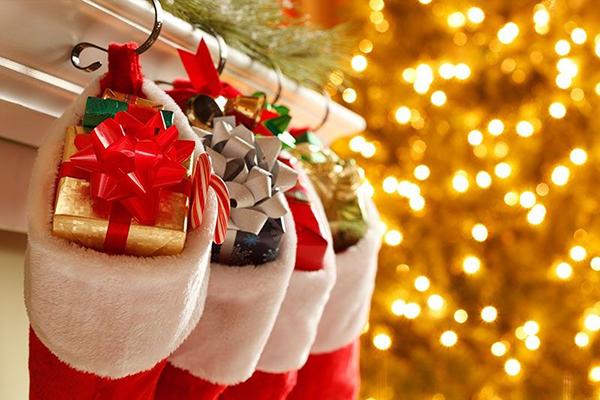 top-10-christmas-gift-ideas-for-translators.jpg