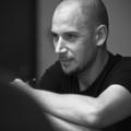 """""""Legyen egy nagy apokalipszis"""" – Kovács Dániel rendező a Művházról és A Gondnokságról"""