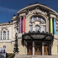 Kezdődik az évad a Vígszínházban – 12 bemutató a szezonban