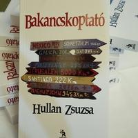 Bakancskoptató – Hullan Zsuzsa könyvét mutatták be a Vígszínházban
