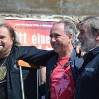 Deák Bill Gyula, Varga Miklós és Vikidál Gyula újra egy színpadon