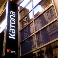 Fotókat kér és gyakornokot keres a budapesti Katona