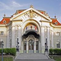 Az egykori moziból kulturális és turisztikai központ lesz Kecskeméten