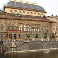 Kinevezték, menesztették, majd újra kinevezték a prágai Nemzeti Színház új igazgatóját