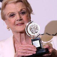 Angela Lansbury négy évtized múltán visszatér a West Endre