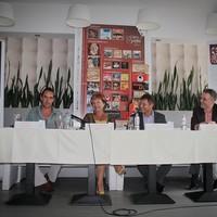 Tizenöt bérletet kínál a Zenthe Ferenc Színház