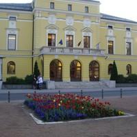 Hat ősbemutató szerepel a nyíregyházi színház új évadjának programján
