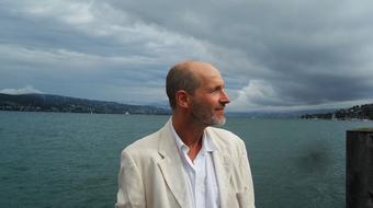 Coetzee regényének hardcore változata Zürichben