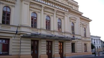 Hat nagyszínpadi bemutató lesz a székesfehérvári Vörösmarty Színházban