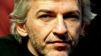 Alföldi Róbert elveszett szabadságról és a remény színházának lélektanáról a Burgtheater konferenciáján