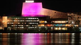 A kortárs sikeropera Bonnban magyar rendezésben