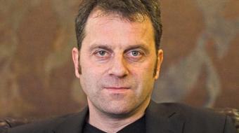 Oberfrank Pál marad a Veszprémi Petőfi Színház igazgatója