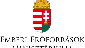Mintegy 35 millió forint támogatást kaptak a határon túli magyar társulatok