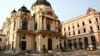 Pályázatot írnak ki a Pécsi Nemzeti Színház igazgatói posztjára