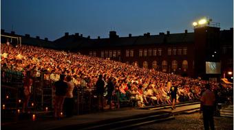 Megfordul a nézőtér – Műsort hirdetett 2014-re a Szegedi Szabadtéri Játékok