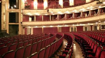 Az Isten pénzét mutatja be az Operettszínház