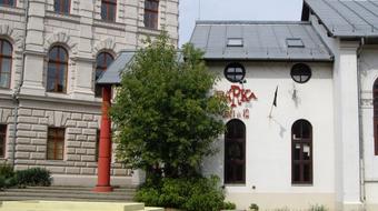 Szerződik a Bárka Színház és a Nemzeti Közszolgálati Egyetem