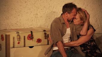"""""""Szerelmesnek lenni jó és fontos dolog"""" – interjú Novák Eszterrel, A szív hídjai rendezőjével"""