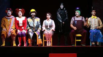 Mese-akció-képregény-fantázia-színház