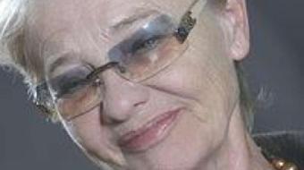 Törőcsik Mari kapta a Kölcsey-emlékplakettet