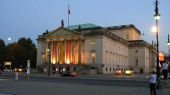 Sztárparádé a berlini Staatsoperben a jövő évadban