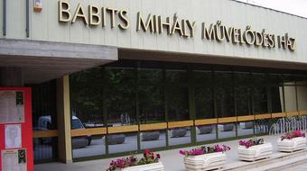 Átadták a Babits Mihály Kulturális Központot Szekszárdon