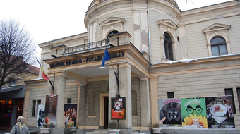 Klasszikus művek és vendégjátékok a szatmárnémeti Harag György Társulat új évadtervében