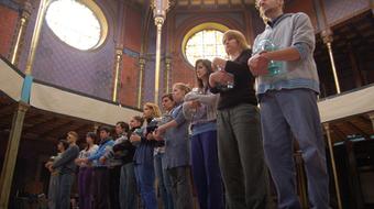 Beavató színház: Anna Frank a zsinagógában