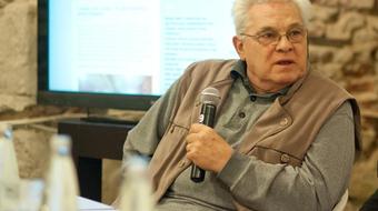 Meghalt Kötő József kolozsvári író, színháztörténész, politikus
