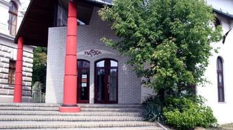 Józsefváros támogatást ad a Bárka Színháznak