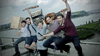 Idegen elemek – HUPS! Crew premier a Trafóban