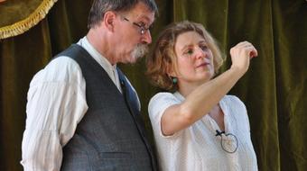 Bábelőadások felnőtteknek a MU Színházban