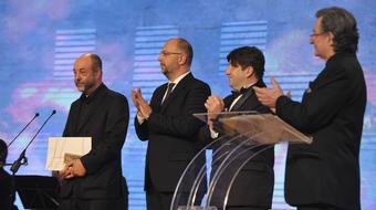 A Viktor, avagy a gyermekuralom nyerte a legjobb előadás díját