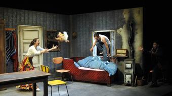 Az ördög szekrénye - Jean Lambert-wild cigánymeséi a Nemzeti Színházban