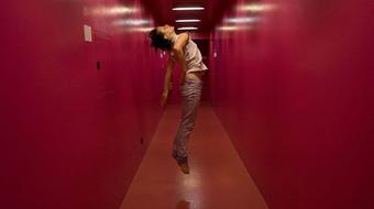 Vânia Gala portugál koreográfus előadása Budapesten