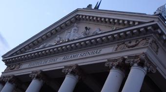 Jubileumi évadot hirdetett a nagyváradi Szigligeti Színház