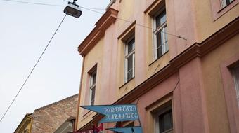 Több mint félmilliárd forintból újul meg a Pécsi Horvát Színház
