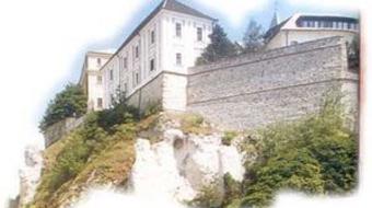 Három helyszínen láthatók nyáron a Pannon Várszínház előadásai