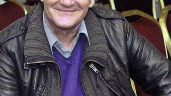 Elhunyt Miklós Tibor dalszövegíró, fordító